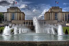 Trocadero (AlphaFy) Tags: paris france water eau place sony alpha trocadero fontaine hdr a230