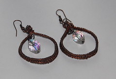 Wirewovenearrings,copperwirewrapped,facetedcrystals1 (daffydilldeb) Tags: earrings copperwire daffydill wirewrapped oxidizedcopper daffydilljewelry daffydilletsy roundedcrystals
