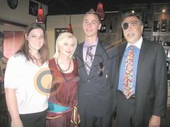 Jaclyn Burkey, Lisa de la Garza, Alex Routh y Shawn De la Garza.