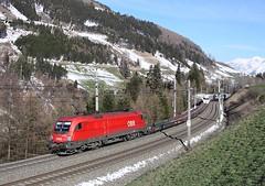 1116 083, Matrei am Brenner, 27 March 2014 (Mr Joseph Bloggs) Tags: snow train am pass brenner siemens railway cargo taurus bahn railways freight austrian brennero rola obb 083 matrei 1116 1116083