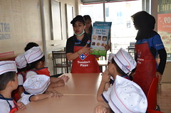 Outing-Class-at-Domino's-Pizza (65)
