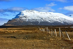 Happy Icelandic Fence Friday! (lunaryuna) Tags: light sky mountains clouds fence season landscape iceland spring lunaryuna northiceland seasonalchange hfffencefriday northfjords hreppur