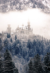 Neuschwanstein 3rd Pic with Mist 332 resized (Robyn Aldridge) Tags: trees white snow mountains castle ice clouds canon germany landscape bavaria wintertime neuschwanstein schloss cloudscape newyearsday firs schwangau icescape canon450d lrcc tamron18270mm