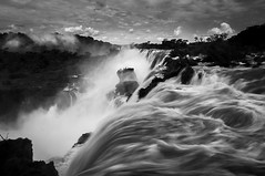 Iguazu Falls - Nature's power (hzeta) Tags: iguazu falls cataratas argentina water agua power potencia poder naturaleza nature black white blanco y negro bw bn vapor spray