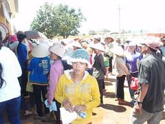 NGƯỜI DÂN ĐẾN KHÁM BỆNH (giangphuc1961@yahoo.com.vn) Tags: ea rbin xã lăk huyện đăklak tỉnh
