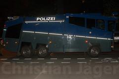 1.Mai Berlin 2012-9898 (Christian Jäger(Boeseraltermann)) Tags: berlin demonstration feuer polizei brutal 1mai pyros barrikaden schläge pyrotechnik polizeigewalt festnahmen tritte schwerverletzt christianjäger wawe10000 boeseraltermann 017634423806