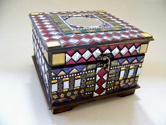 Mosaic Box with Mirror Item 1144 (animal.artist) Tags: mosaics glassart glassmosaic memorybox jewelerybox glassmosaics mosaicart mosaicbox stainedglassart keepsakebox mosaicdecor artisticbox mosaicsinart mosaicjewelerybox handmadejewelerybox artisticjewelerybox handmadememorybox mosaicmemorybox