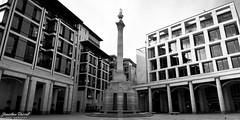 Paternoster Square (Jonathan.Russell) Tags: bw white black london monument lines architecture canon square photography russell jonathan pov pillars powerful 40d jonooter poternastor