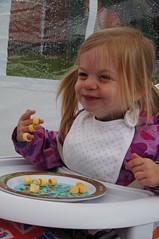 Got Hoops! (tim ellis) Tags: uk family party jubilee hulahoops niece streetparty hillstreet ashbydelazouch msh0614 diamondjubilee msh06144