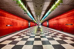 Josephsburg (sarah_presh) Tags: red blackandwhite station train germany munich metro platform checker hdr chequered josephsburg nikond750