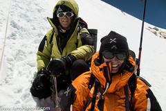 164-Makalu Lha (7500m). Nieves i Romano baixant del cim (ferran_latorre) Tags: mountain himalaya alpinismo everest alpinism ferranlatorre