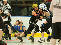 IMG_0420 (clay53012) Tags: ice team track flat arena madison skate roller jam derby league jammer mrd bout flat wftda derby womens track hartmeyer moocon2016