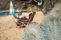 """""""Observador"""" Praia Vermalha, Rio de Janeiro, Brasil (VECTORINO) Tags: leica brazil hot brasil riodejaneiro digital streetphotography tropical rua brasileiro vectorino lazarev eicam262"""