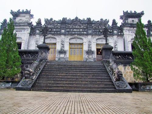 hue - vietnam 61
