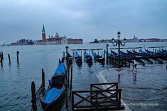 Hochwasser in Venedig (petrastarosky) Tags: italien urlaub venedig hochwasser sangiorgiomaggiore 2016 gondeln
