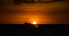 (mblaeck) Tags: sunset sky orange cloud sun evening ship sundown outdoor dusk horizon darwin orangesky mindilbeach dawrinsunset