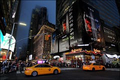 Taxis am Time Square (dirklie65) Tags: orange newyork night square nightshot taxis werbung tine reklame nightexposure