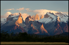 Los Cuernos at Sunrise (Waldemar*) Tags: chile patagonia mountains nature landscape nationalpark nikon scenery view ngc scenic scene explore andes torresdelpaine peaks cordillera magallanes massif mountainrange parquenacional loscuernos rioserrano singhray d7000 afs24120mmf4gvr