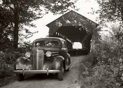 Covered bridge over Eel river near Bowling Green circa 1935 (Samuel Louis McCloud) Tags: brazil bridges indiana covered claycounty