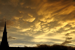 Mammatus Clouds (C_MC_FL) Tags: vienna wien light sunlight storm building church nature weather silhouette clouds canon pho