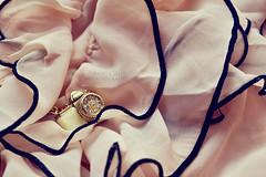 Pictures of me [140/366] (Simonesta~) Tags: camera pink canon reflex nikon dress bow ribbon hm fotocamera ciondolo