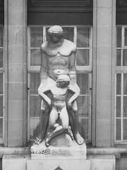 County Hall Man and Boy (failing_angel) Tags: sculpture london millenniumwheel londoneye milleniumwheel southbank ferriswheel lambeth countyhall davidmarks britishairwayslondoneye albertembankment londoncountyhall juliabarfield malcolmcook marksparrowhawk stevenchilton nicbailey frankanatole 160512 merlinentertainmentslondoneye edfenergylondoneye