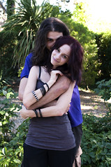 Alaric & Axel (Francesco De Quattro) Tags: portrait black love 35mm nikon kiss steam shooting axel f18 ritratto amore bacio alaric d90 blacksteam verkhan alcabhiti