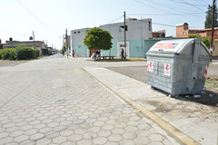 21 poniente y 3 sur MAGDALENA (Gobierno de Cholula) Tags: de botes basura contenedores papeleras sanpedrocholulapuebla