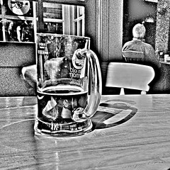 Old Cannon (innpictime  ) Tags: shadow beer glass motif bar suffolk pub grain ale brewery mug pint contrasty burystedmunds microbrewery tankard tablechair retinex oldcannon pubbrewery 522496010714624
