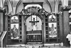 altares (Felipe Crdenas-Tmara) Tags: neopan altares fujineopan400 fujigw690iii analoguephotography felipecrdenastmara fujinon35f90mm