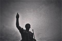 Roma. (julia.celis) Tags: rome roma birds statue italia foriimperiali fori avecesar