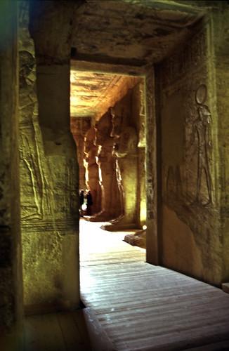 "Ägypten 1999 (103) Assuan: Im Großen Tempel von Abu Simbel • <a style=""font-size:0.8em;"" href=""http://www.flickr.com/photos/69570948@N04/27123655260/"" target=""_blank"">View on Flickr</a>"