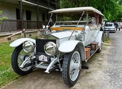 silverghost.jpg (stevestead) Tags: india france car vintage classiccar outdoor unique events mahal tajmahal places dordogne historic vehicle oldtimer british barker collectors rare collectable veteren phaeton tourer brantome wirewheels valuable coachbuilt brantone nikond7200 holiday2016 chassisno2154 rollsroycesilverghosttaj