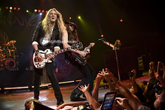 Joel Hoekstra and Reb Beach (SuzieSue Photography) Tags: music musicians concert live performance band concertphotography whitesnake casinorama