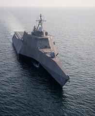 120409-N-ZS026-287 (U.S. Pacific Fleet) Tags: us florida navy uspacificfleet mayport lcs2 pacflt ussindependance trevorwelsh