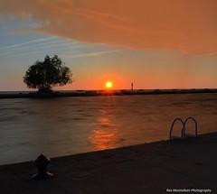 niagara sunset  crop-o-rama (Rex Montalban Photography) Tags: sunset niagara stcatharines hdr hdri portdalhousie photomatix rexmontalbanphotography