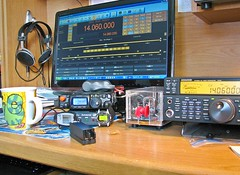 Relaxing in the Ham Shack On A Saturday Morning (Daryll90ca) Tags: hamradio hamshack qrp amatuerradio ft817nd ft817