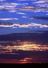 ~ Wild Blue Yonder ~ (PelicanPete) Tags: sunset color nature beauty unitedstates natural florida dramatic everglades layers drama cloudscape floridaeverglades southflorida palmbeachcounty boyntonbeachflorida supershot dmslair thesunshinegroup sunrays5 flevergladessunsetseries~may12