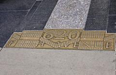 Manhattan, New York - USA (Mic V.) Tags: street new york city nyc usa ny building art apple sign architecture america us big manhattan united style center copper artdeco states rockefeller avenue deco brass 5th unis fifth dco 620 cuivre amrique laiton etats amerique tats
