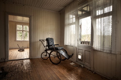 house of the strange wheelchair ([AndreasS]) Tags: old urban house building abandoned home window strange lost weird decay interior empty room exploring curtain wheelchair wheels hidden forgotten trespass inside exploration derelict urbanexploring rar urbex hjul gammel rullestol forlatt forfall steder andreass forlatte katteluke mrnorue