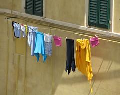 Groe Wsche 1 (MKP-0508) Tags: street laundry tuscany toscana rue toscane linge toskana lessive strase grosewsche