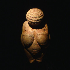 Venus of Willendorf, Looking Down