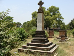 Memorial for 1st Madras Fusiliers at Lucknow (The Lucknow Tales) Tags: india memorial ruins post sony duty pillar column remembrance residency sacrifice lucknow fusiliers mutiny uttarpradesh oudh awadh 1stmadrasfusiliers