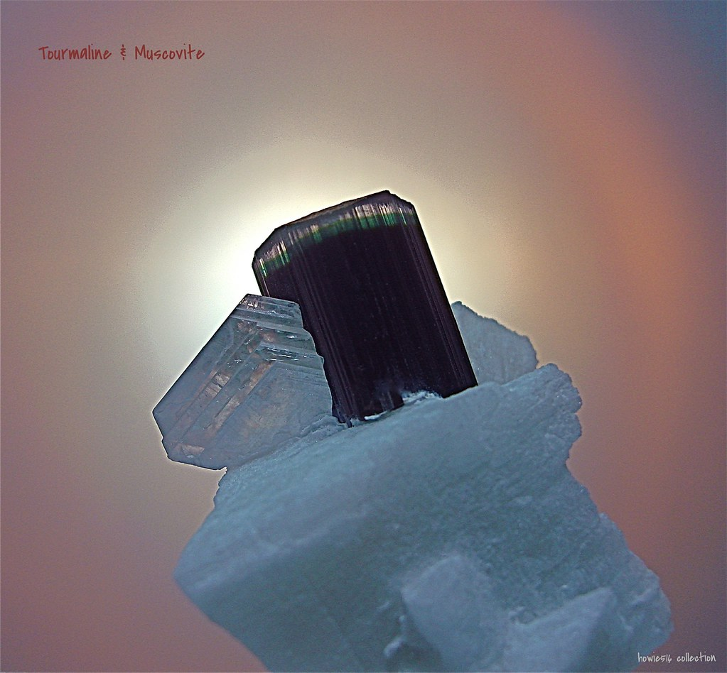 The World's Best Photos of muscovite and rocks - Flickr Hive