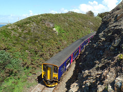 153318 & 150261 Carrack Gladden, Carbis Bay (2) (Marky7890) Tags: train cornwall railway gwr sprinter dmu carbisbay class153 fgw class150 stivesbayline carrackgladden 153318 150261 2a30