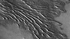ESP_045792_1180 (UAHiRISE) Tags: mars landscape science nasa geology jpl sci universityofarizona mro