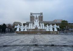 Mansudae Fountain Park - Pyongyang (jonathanung@ymail.com) Tags: fountain lumix asia korea asie fontaine kp nord northkorea pyongyang corée dprk cm1 koryo mansudae coréedunord insidenorthkorea républiquepopulairedémocratiquedecorée rpdc lumixcm1
