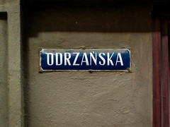 Wrocaw (isoglosse) Tags: sign streetsign poland polska schild polen sansserif wrocaw breslau znak kreska strasenschild u0143 tabliczkaznazwulicy