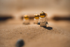 365-13 The Martians (Daniel A Ruiz) Tags: red mars closeup toys sand nikon df lego space nasa astronauts planet 58mm