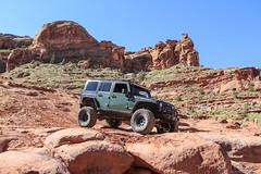 moab-108 (LuceroPhotos) Tags: utah jeeps moab cliffhanger jeeping